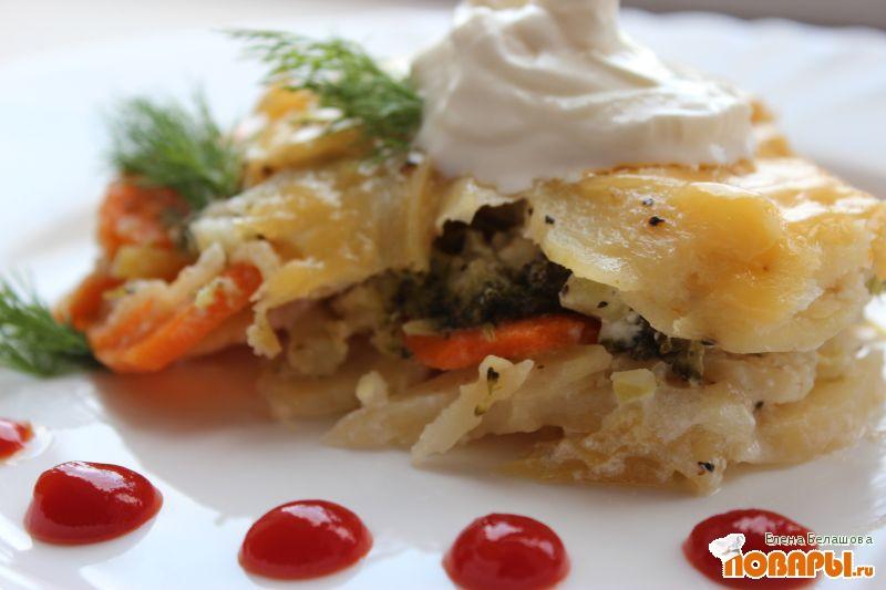 Рецепт Сметанная запеканка с сыром, картофелем и брокколи
