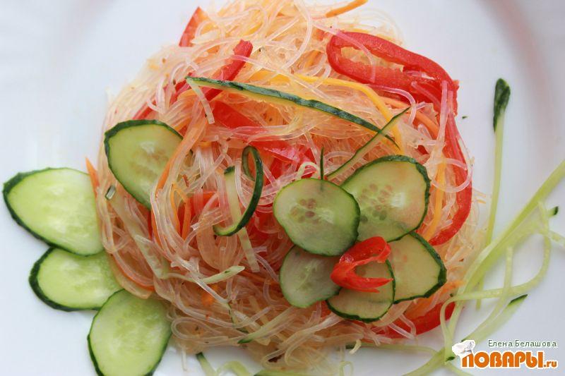 Рецепт Теплая фунчоза с оливковым маслом и маринованными овощами