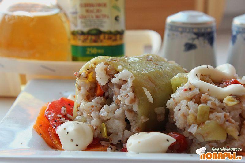 Рецепт Постный фаршированный перец с гречей, рисом и овощами