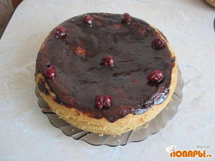 Рецепт Вишневый торт, приготовленный в мультиварке