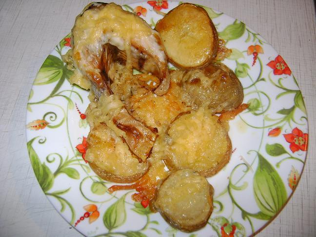 Рецепт Горбуша запеченая с картошкой