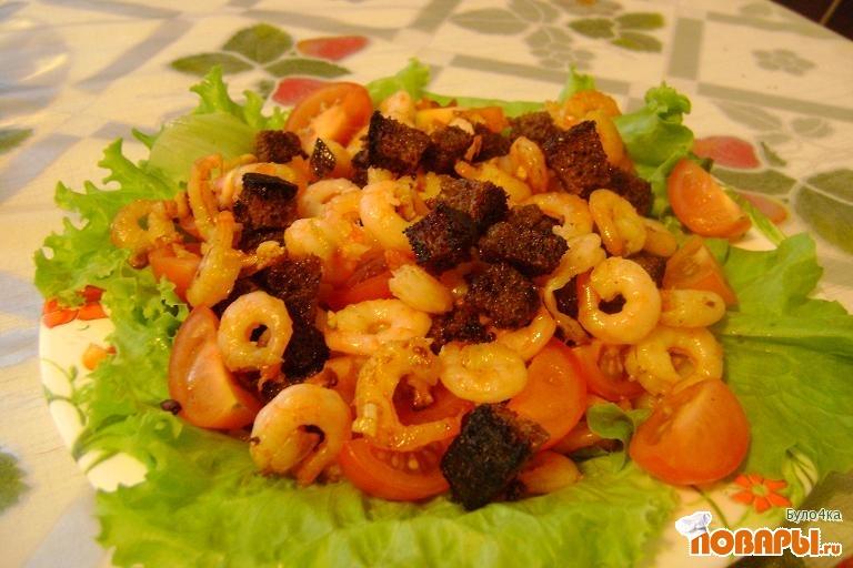 Рецепт Салат с жареными креветками