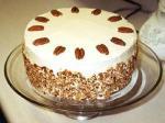 Рецепт для самых маленьких – морковный торт с черносливом