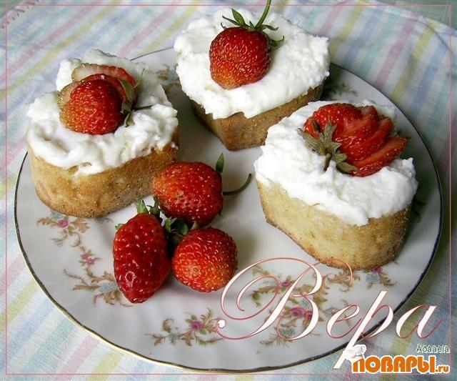 Рецепт Клубничные пироженки