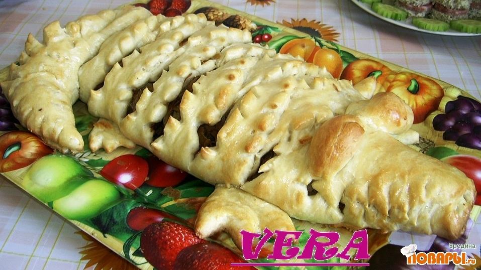 Рецепт Мясной пирог крокодил.