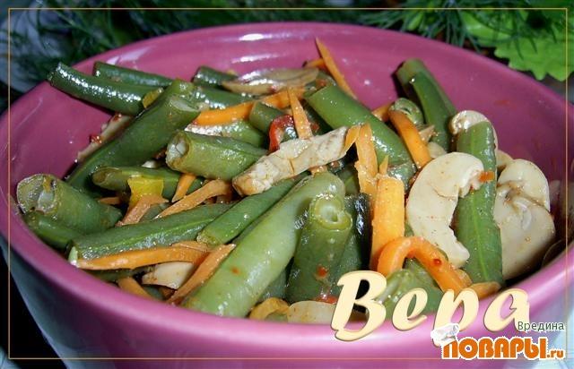 Рецепт Остренький салат с фасолью
