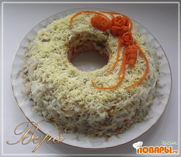 """Рецепт Салат """"Слоеное кольцо"""""""
