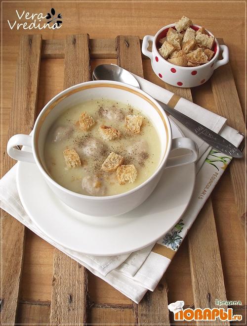 Рецепт Гороховый суп-пюре с куриными фрикадельками