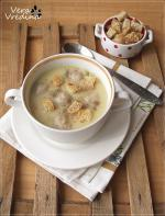 Гороховый суп-пюре с куриными фрикадельками