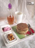 Панкейки с черникой (Blueberry Pancakes).