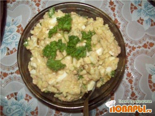 Рецепт Салатик из печени трески.