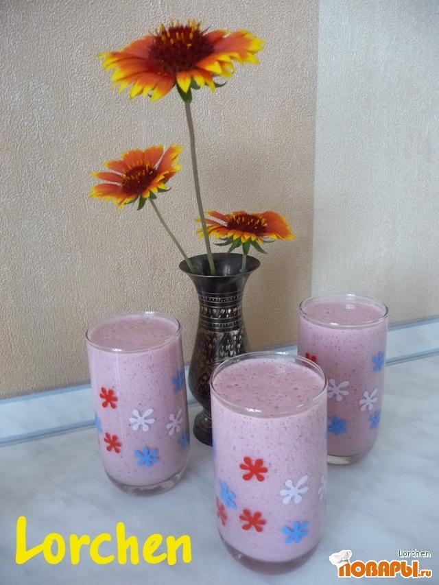 Рецепт Клубничное молоко