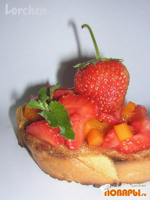 Рецепт Гренки с фруктовым салатом