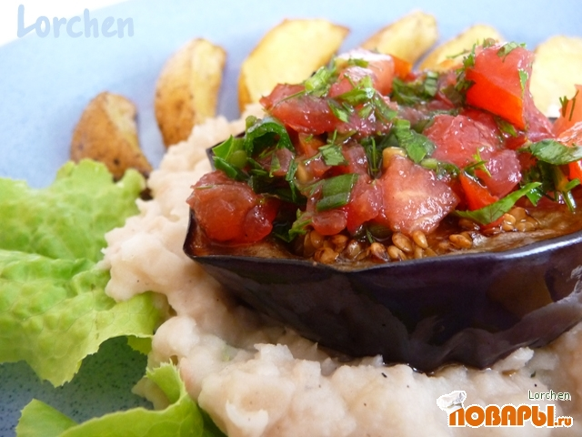 Рецепт Баклажаны с фасолевым пюре и картофелем