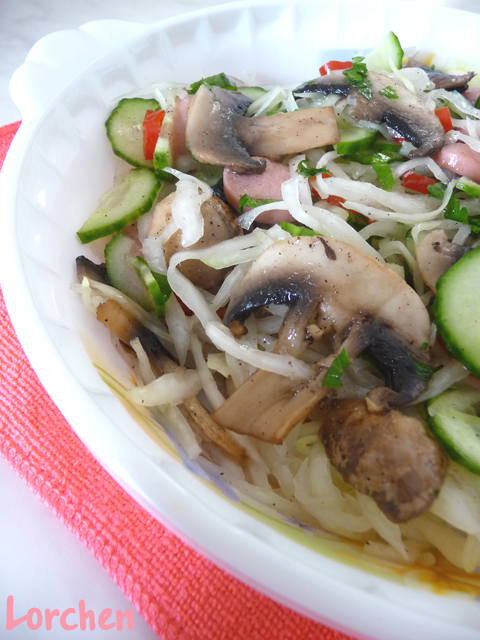 Рецепт Грибной салат со свежей капустой