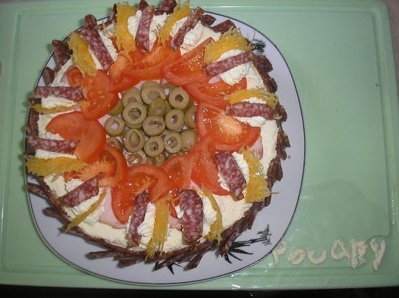 Рецепт Новогодний колбасный тортик