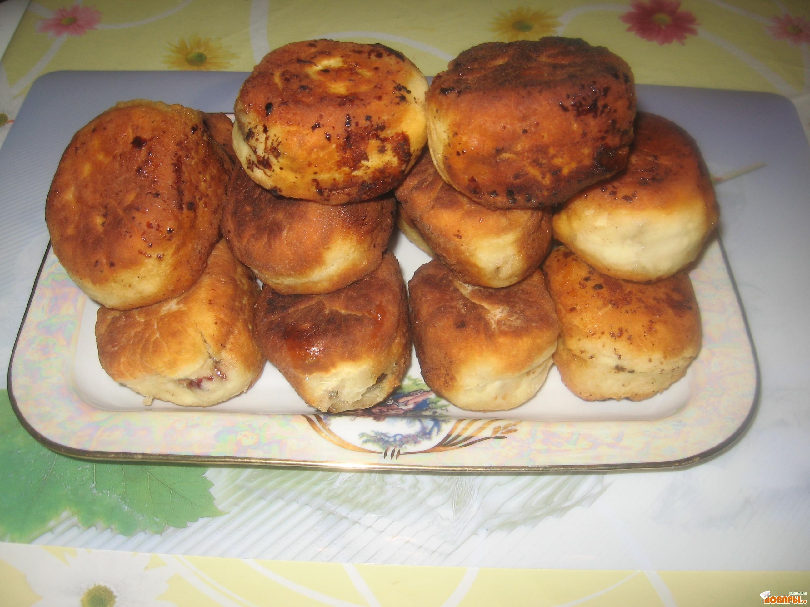 Рецепт Пирожки жаренные ( очень быстрые)