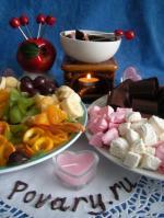 Романтический десерт Фондю